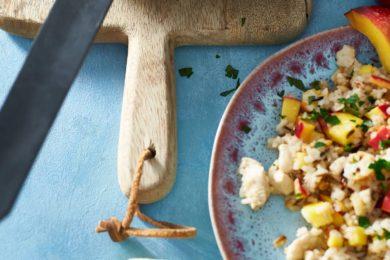 Kip pilav met nectarine en amandel