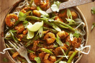 rode curry met garnalen